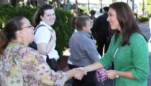 Beutler greets jobseekers-for header